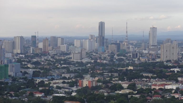 Filipino police shoot quarantine violator dead – How they covered it (ASEAN TODAY)