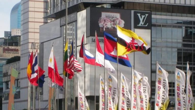 Vietnam hosts virtual summit: How they covered it (ASEAN TODAY)